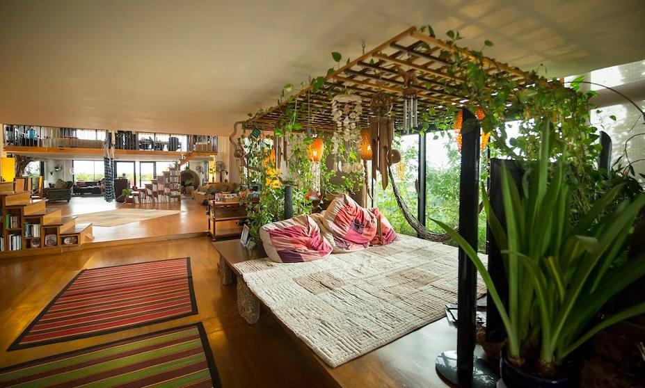 Southeast Asia hotels for digital nomads with co-working spaces and smart tech features