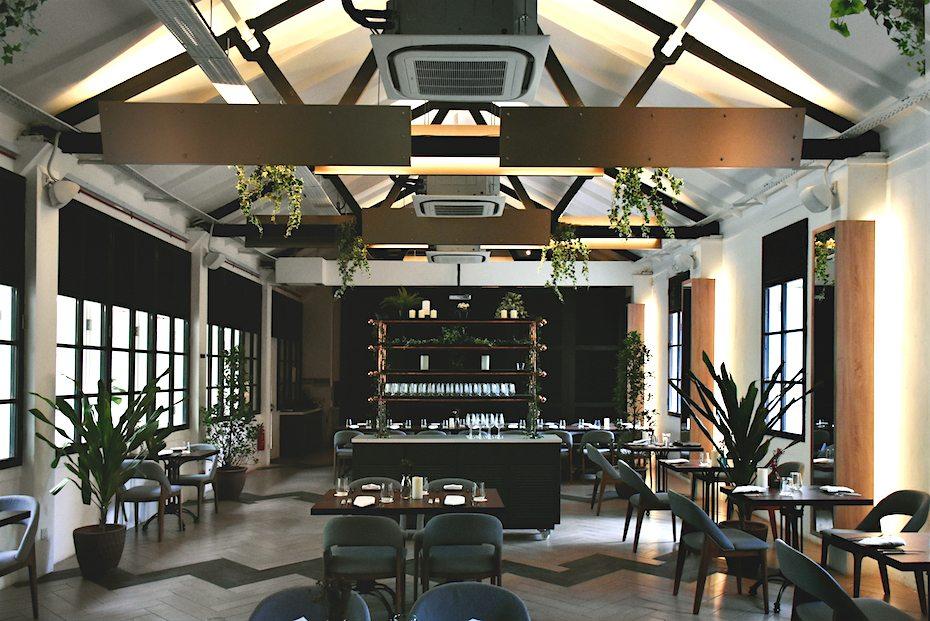 Tropical themed cafes: Botanico
