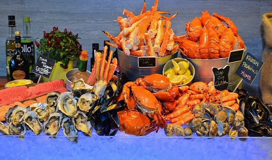Enjoy the seafood spread at Makan@Jen this Father's Day