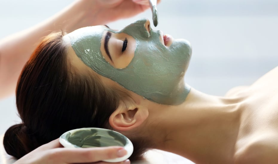 Time for a facial? Here's why you should choose New York Skin Solutions' HydroCollagen+ Skin Treatment