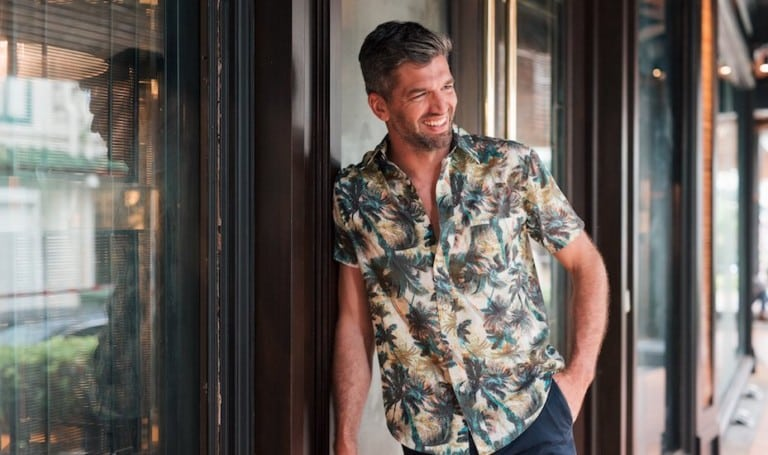 Prints Charming: Menfolk are swapping their plain white tees with a splash of colourful motifs, majolica patterns and Hawaiian prints and we think you should too.