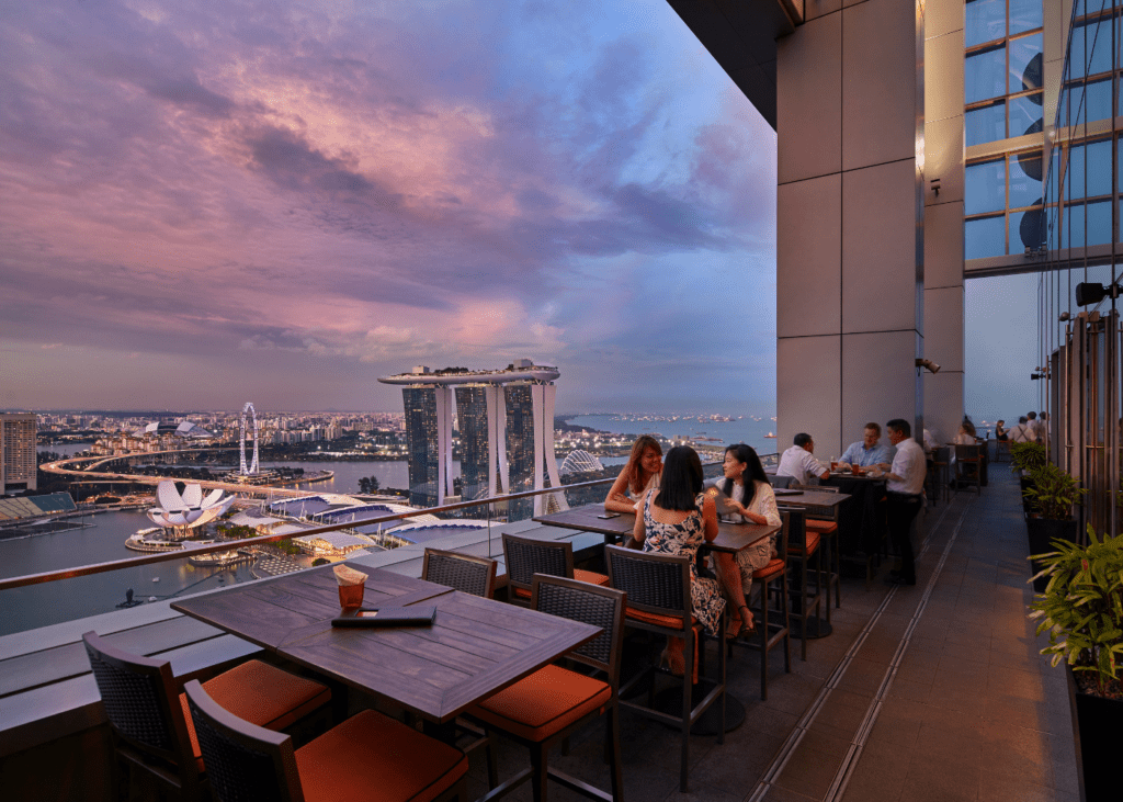 Swanky rooftop bars in Singapore with knock-out views | Honeycombers