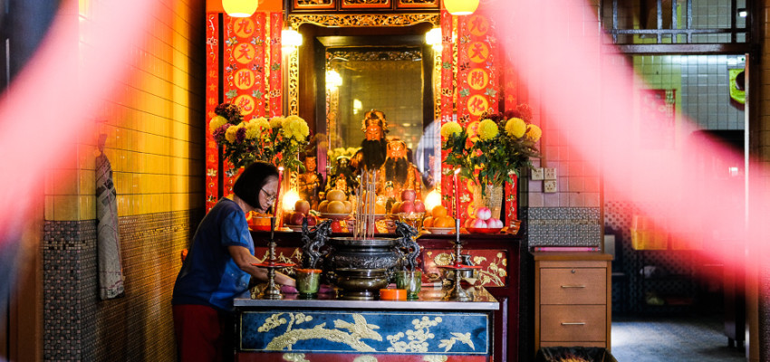 Singapore's Chinatown, photographed by Meera Jane Navaratnam of Asia Photo Collective