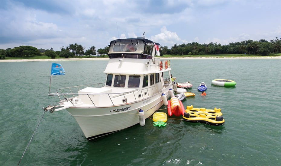 Yacht Rental Yachtly | Honeycombers Singapore