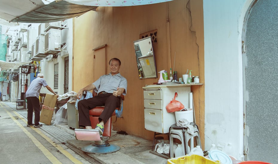 Mr Lee's workplace | The last of Singapore's streetside barbers
