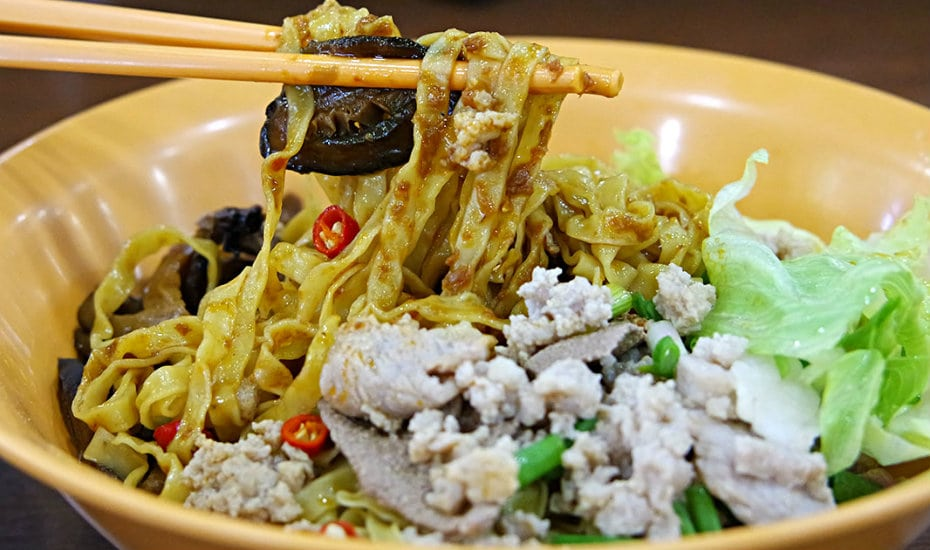 Full of flavour and full of guilt makes the perfect bowl of bak chor mee. Local, underrated, and 100% delicious.