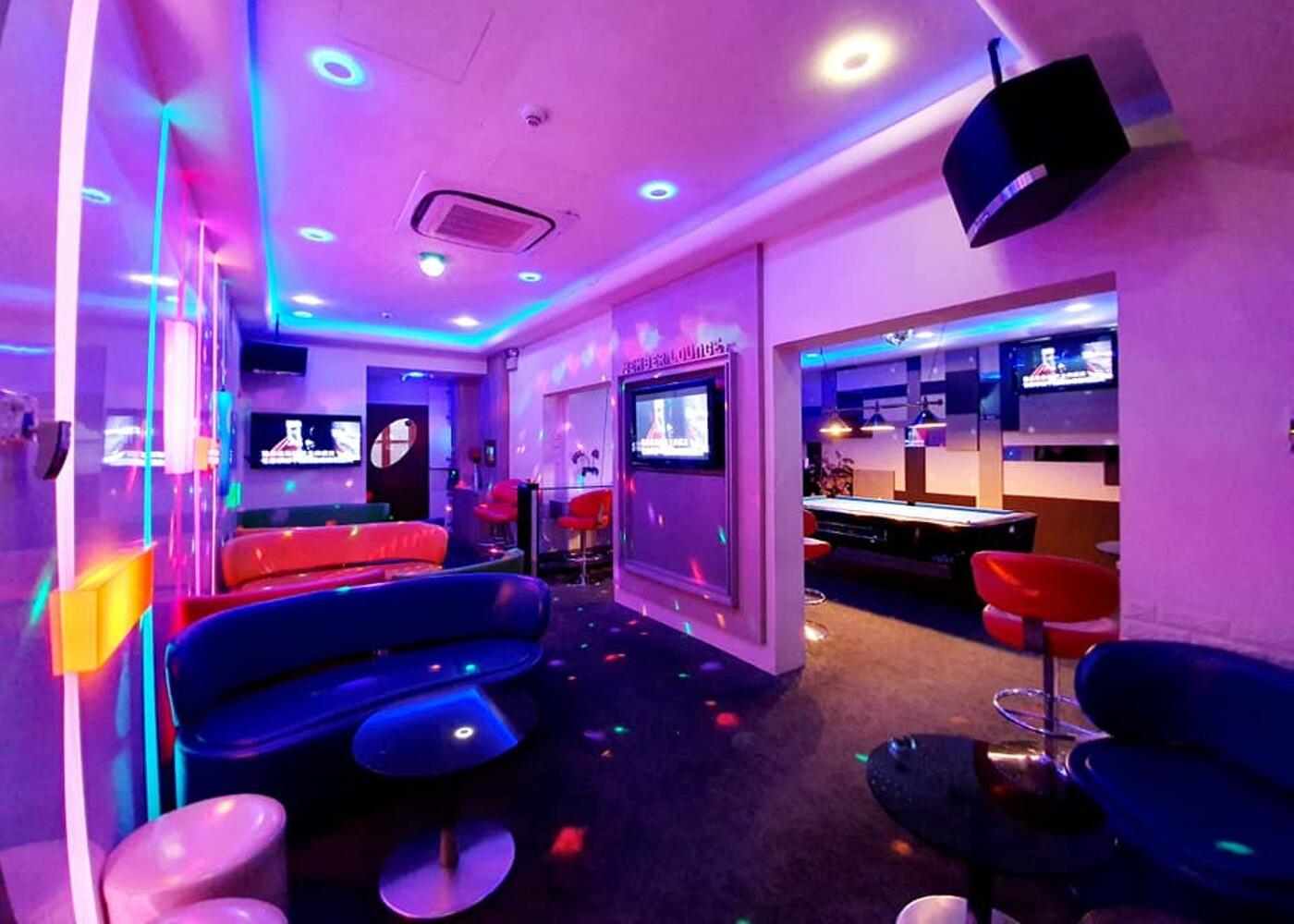 Ten Dollar Club   Karaoke in Singapore