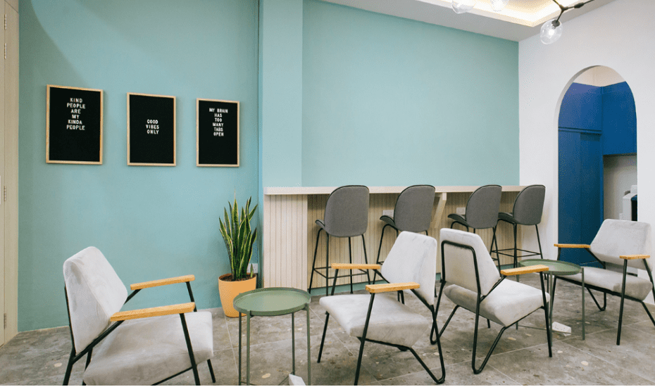 Camelia & Co is spread across three sections – The Daily Sphere for hot desking, The Daily Grind for semi-private office space and The Luxurious Hideout for a private, cosy workplace for eight, complete with a meeting room and storage space.