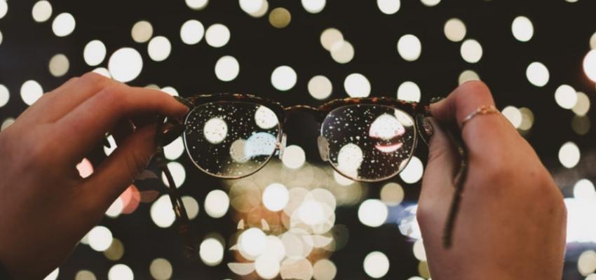 Eyewear boutiques with stylish glasses
