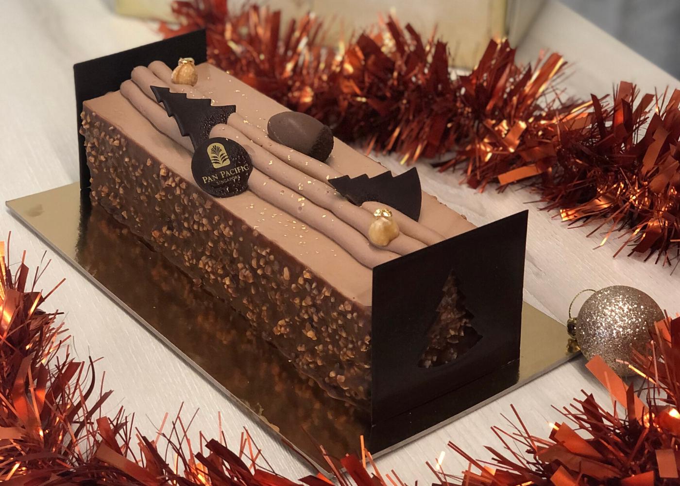 christmas cake jivara milk chocolate