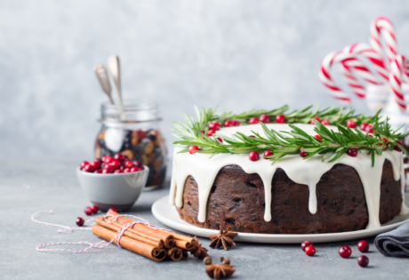 Amazing Christmas cakes you'd actually want to eat | Honeycombers