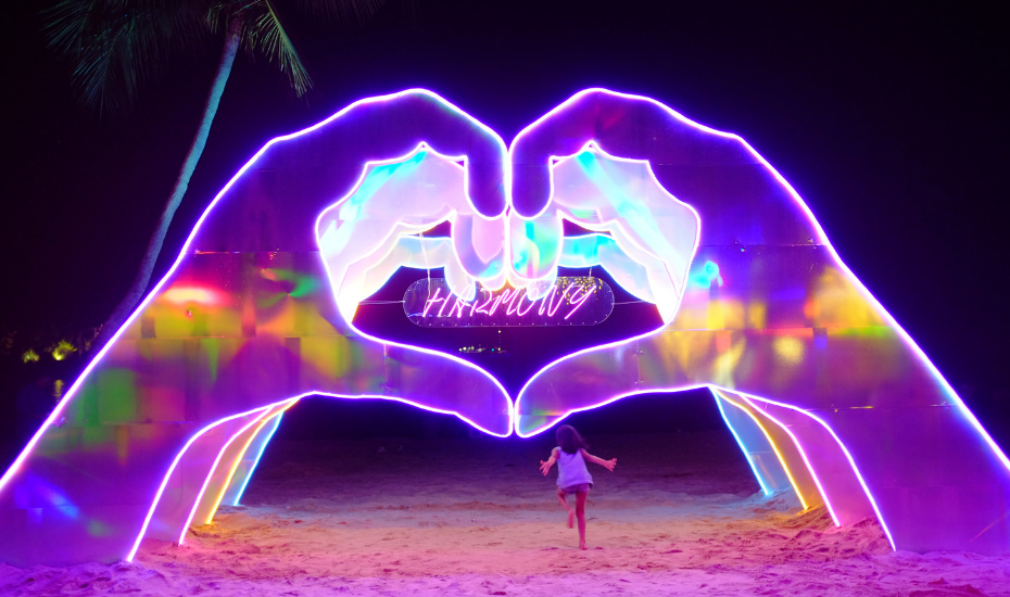 Massive, glorious art installations have taken over Palawan Beach, thanks to Island Lights 2018 and they're calling out to you