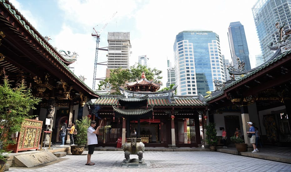 Picturing Places of Colonial Singapore