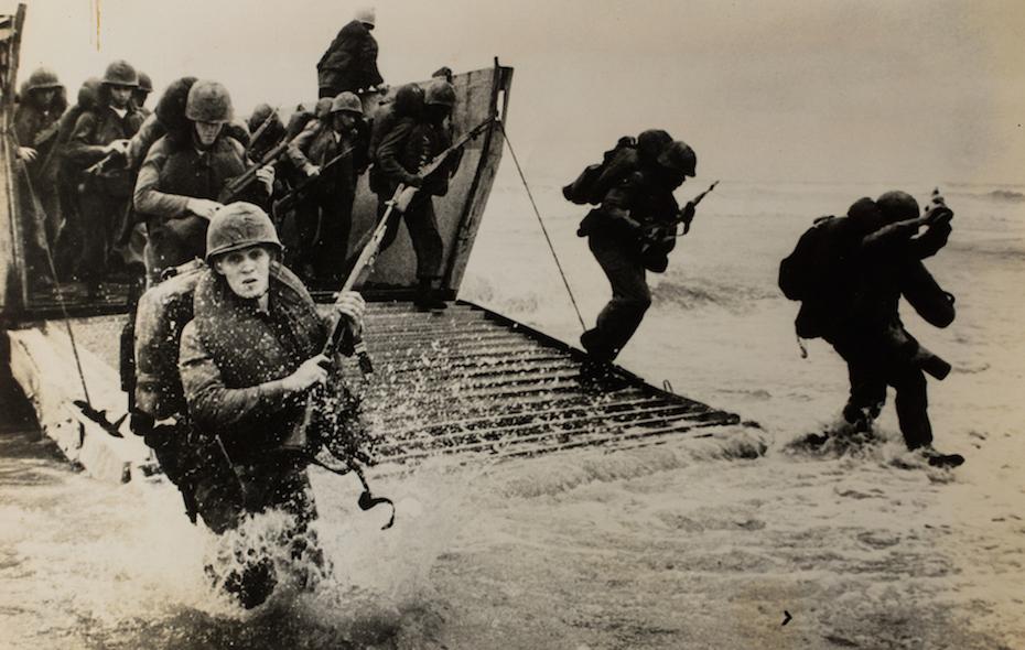 Battlefield Lens Photographers of Indochina Wars 1950-1975