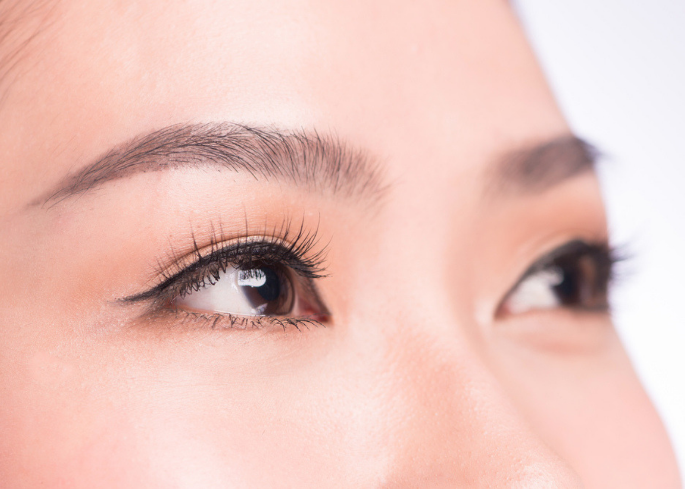 2bae3ef66f8 Brows, lashes and liner: how to get mesmerising eyes | Honeycombers