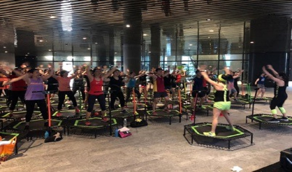 Trampoline Fitness at One Raffles Place