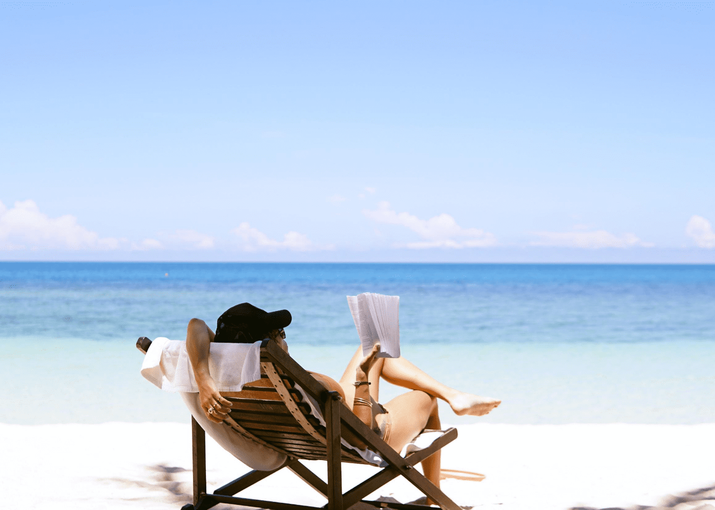 beach vacation | public holidays 2021
