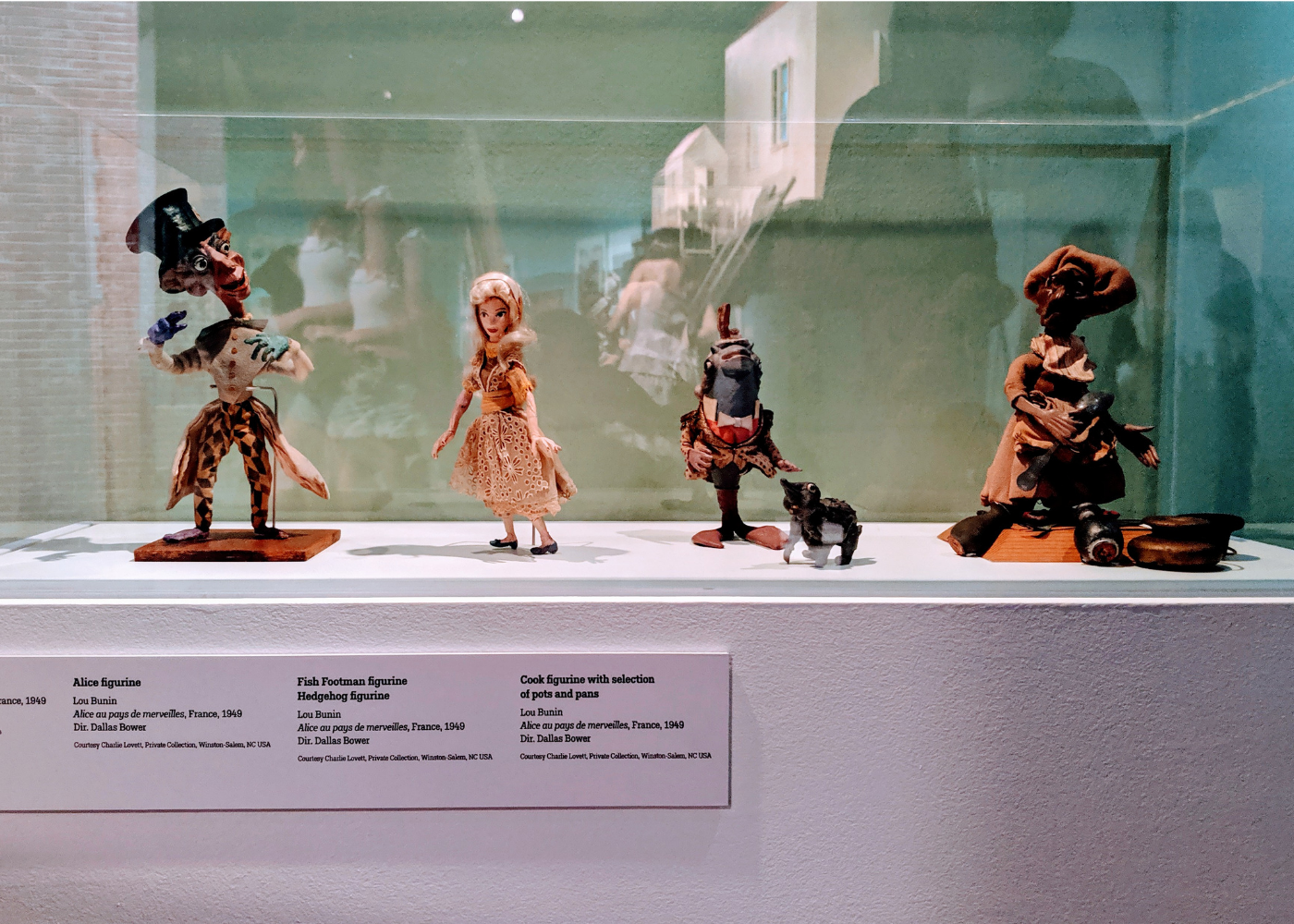 Love fantasy, will explore? Fall into Wonderland at the ArtScience Museum