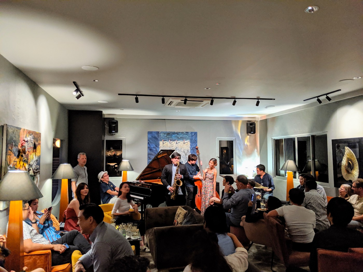 Live jazz at Maduro listening lounge Dempsey