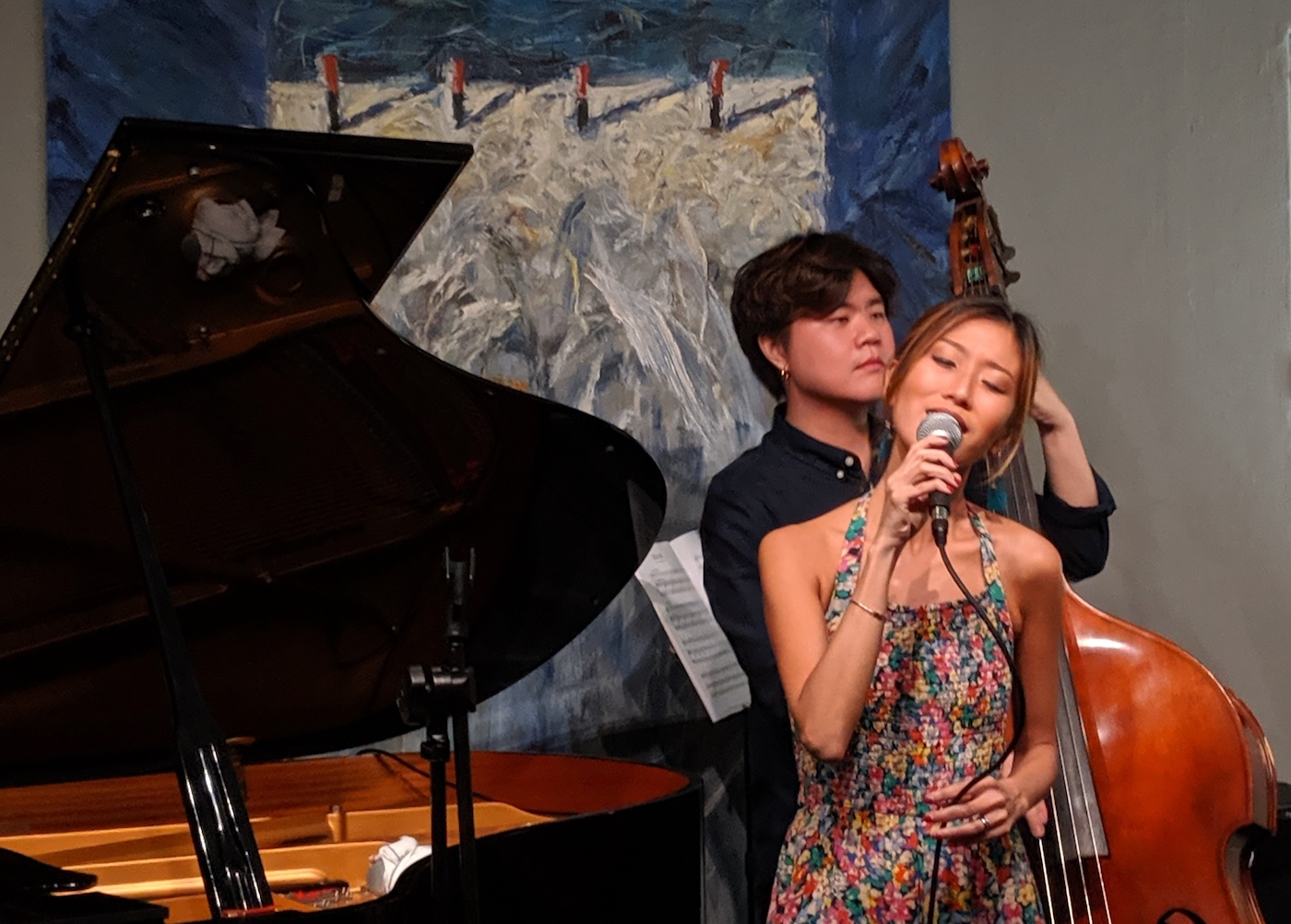Tiara Friday Club jazz vocalist Melissa Tham and Ben Poon on bass at Maduro listening lounge Dempsey