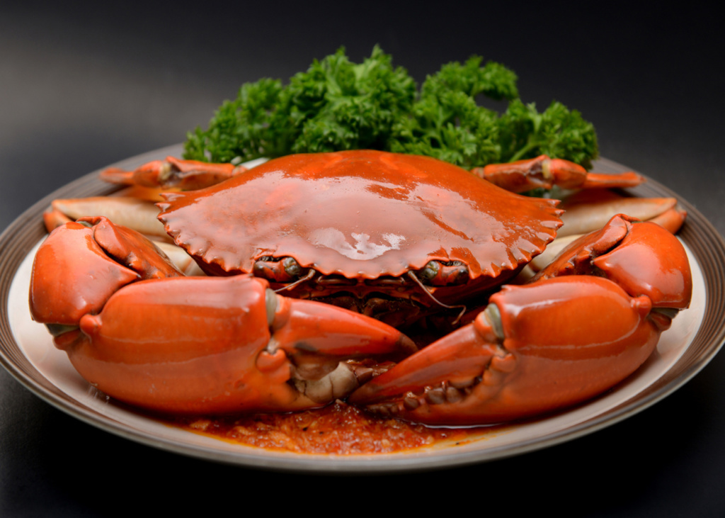 Relish a Sea of Crab Dishes at Shang Palace