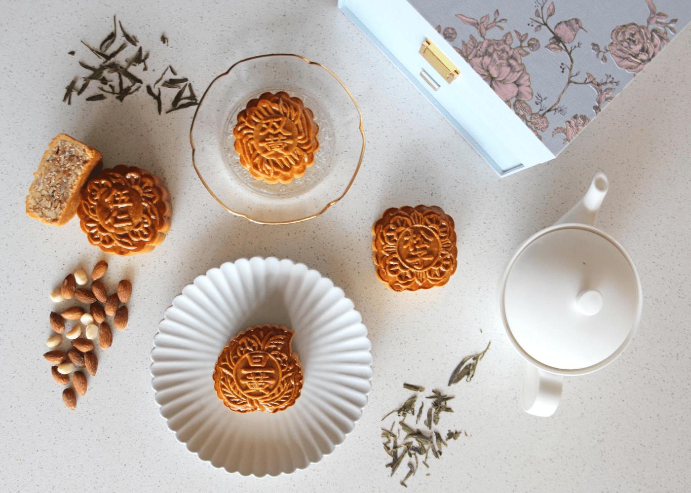 Fairmont-Singapore-mooncakes