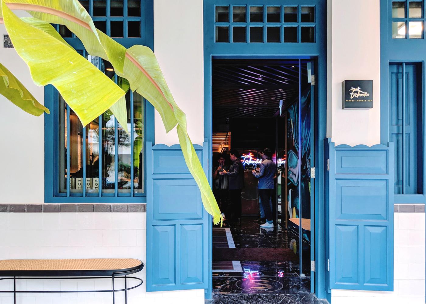 Step into this technicolour Keong Saik stay. Photography: Amelia Ang