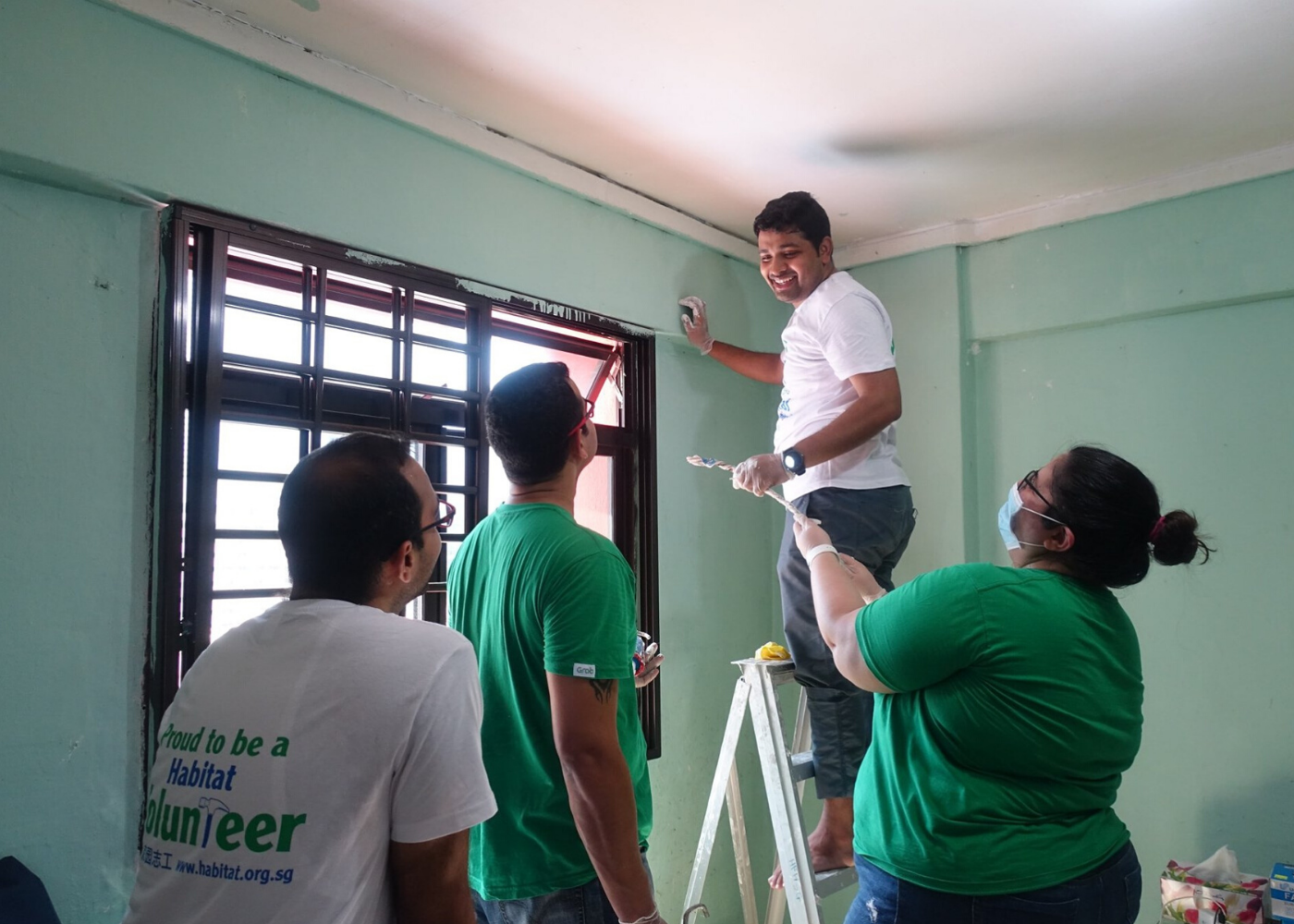 Volunteer in Singapore: Habitat for Humanity