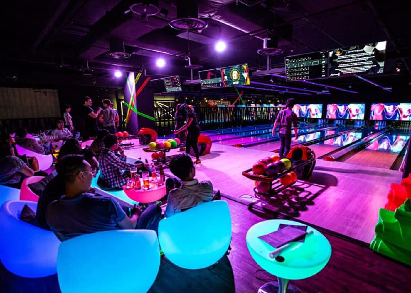 Things to do at night in Singapore | Play bowling | K Bowling Club