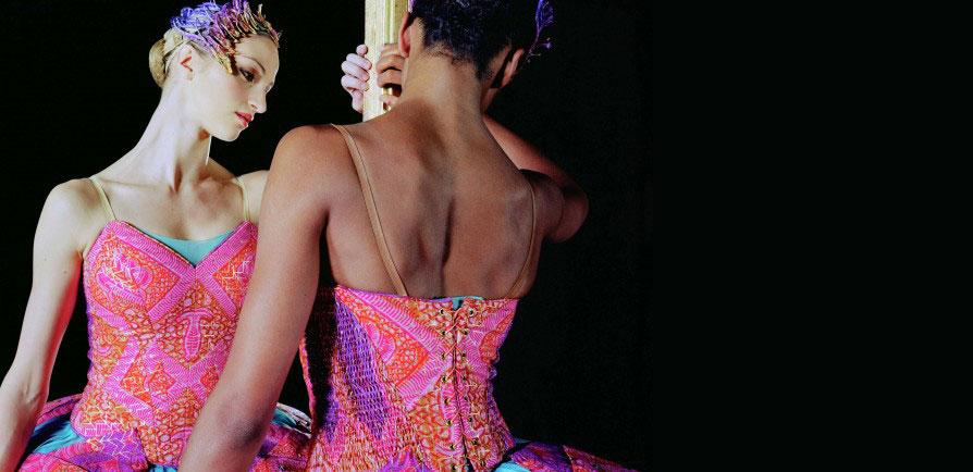 Film Screenings of Un Ballo in Maschera and Odile & Odette by Yinka Shonibare CBE