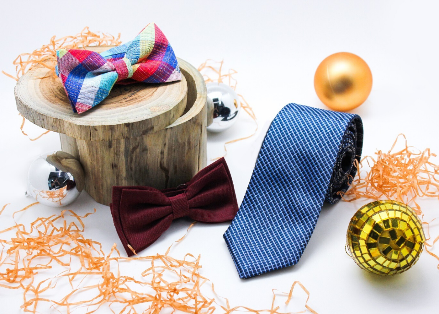 Got a Christmas party coming up? Dress your best for the festive season at Wheelock Place