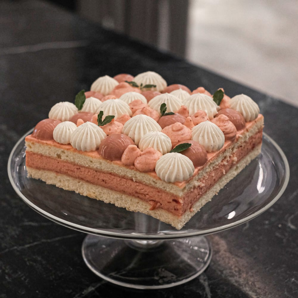 Culina Market at COMO Dempsey: Mother's Day Cake