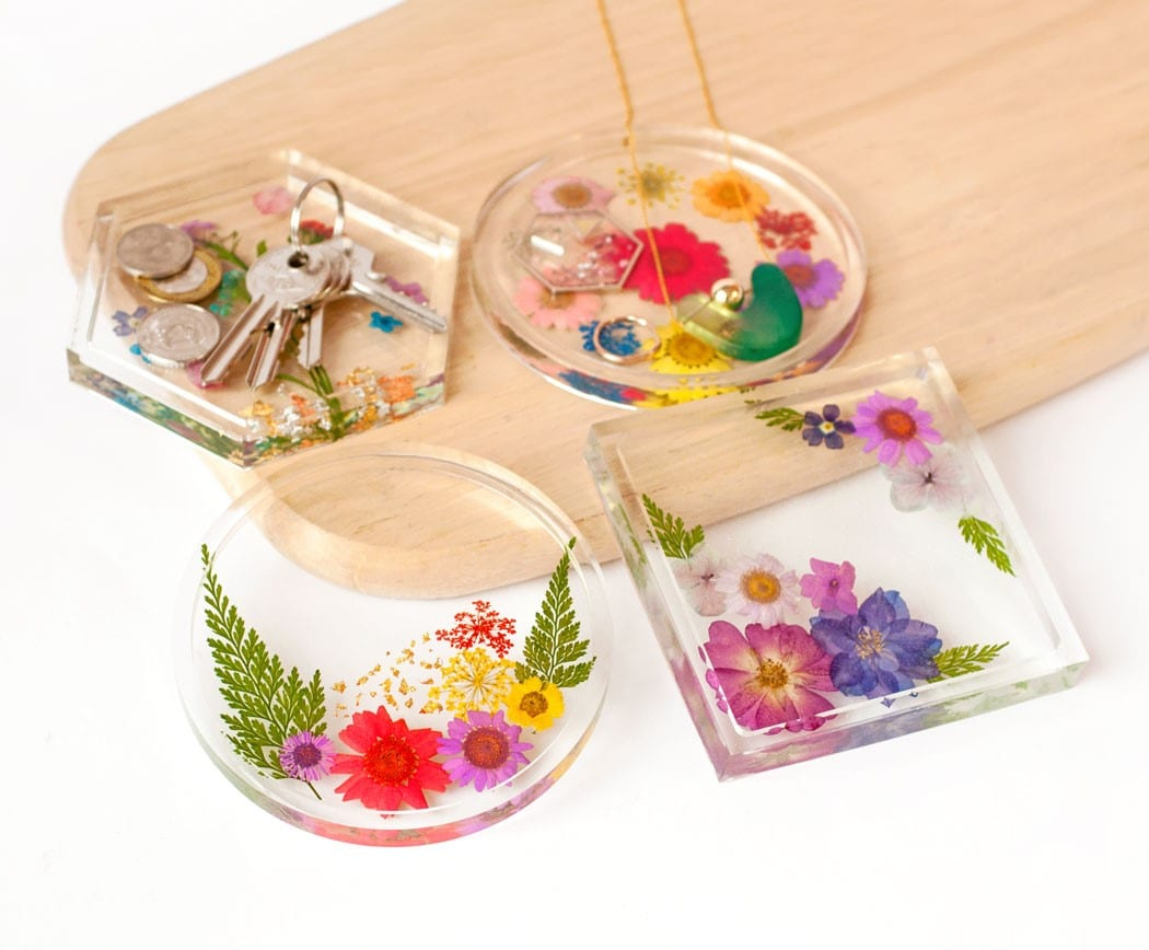Resin Play's stay home craft kits