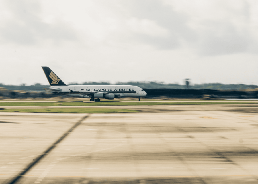 singapore airlines   flights to nowhere