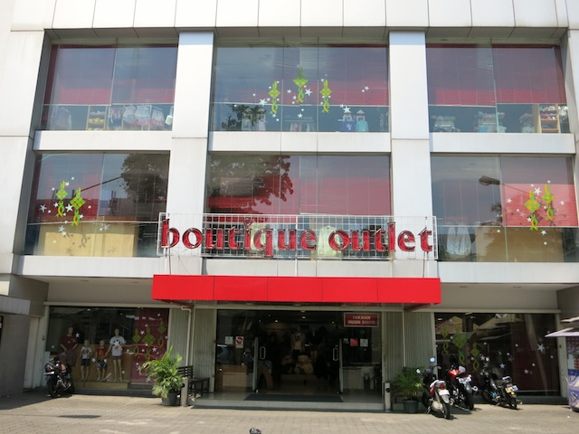 Bogor Boutique Outlet outside