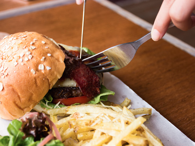goods diner coffee burger