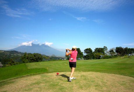 golf courses in jakarta rainbow hills