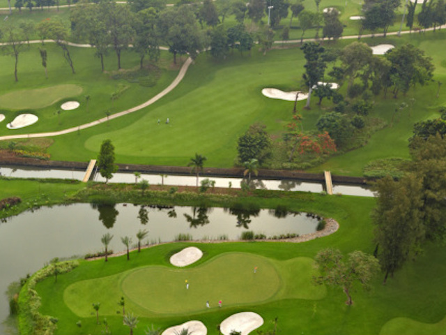 golf courses in jakarta senayan