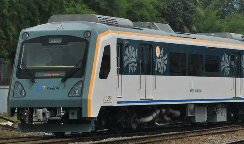 soekarno-hatta-airport-train-railink-transportation-jakarta