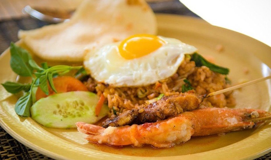 local dishes in Bali - Nasi Goreng