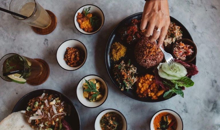 Eat like a local! Here are 7 must-try traditional dishes in Bali + where to find the best versions…