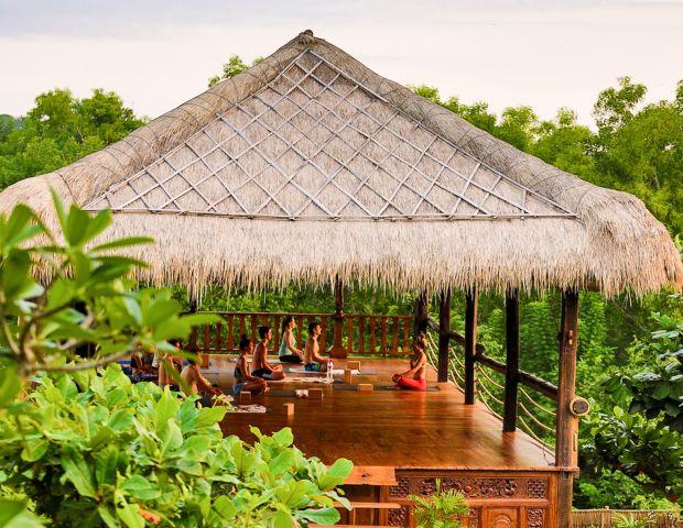 Yoga in Bali: Uluwatu Surf Villas