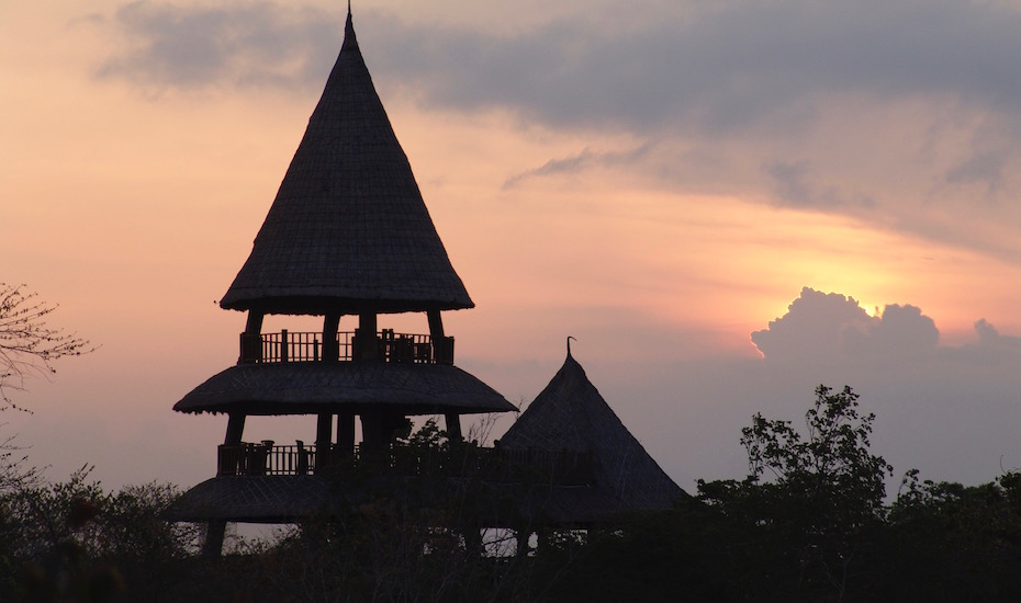 best sunset bars in Bali - The Menjangan