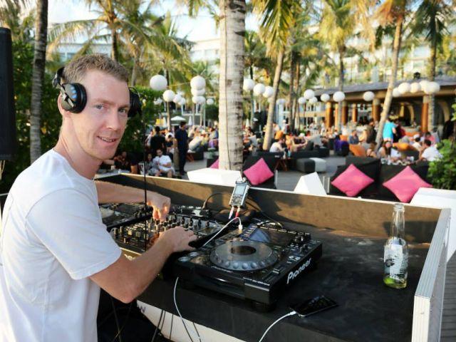 Music in Bali:  W Hotel Woo Bar