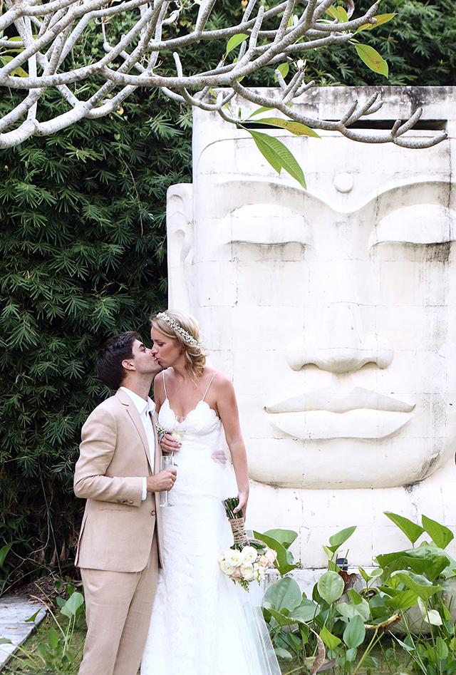 Dream Bali wedding inspiration: Katrien and Jonathan's vintage-chic, outdoor wedding in Bali