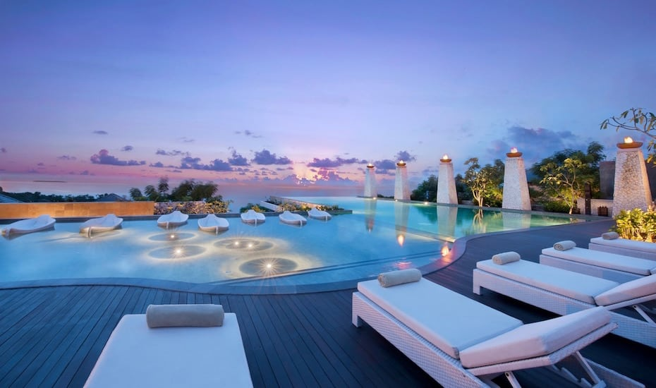 Bali's best infinity pools - Banyan Tree Ungasan
