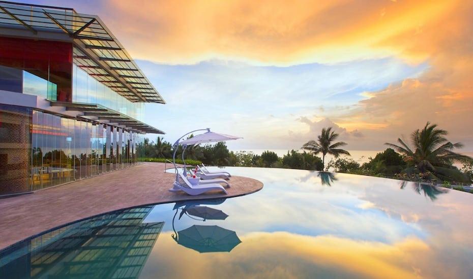 Bali's best infinity pools - Sheraton Kuta Bali Resort
