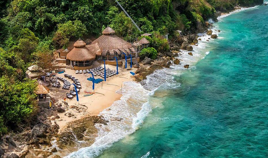 Bali's best beach clubs - Karma Kandara Uluwatu