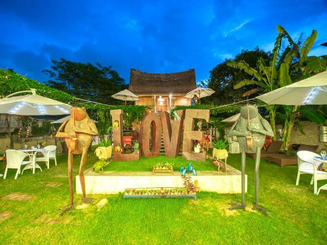 Restaurants in Ubud: D'Star Bar & Resto