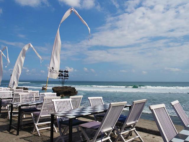 Restaurants on the Beachfront: Echo Beach House